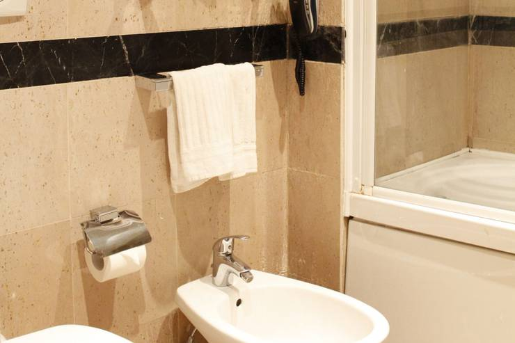 Standard double room for single use boutique hotel trevi rome