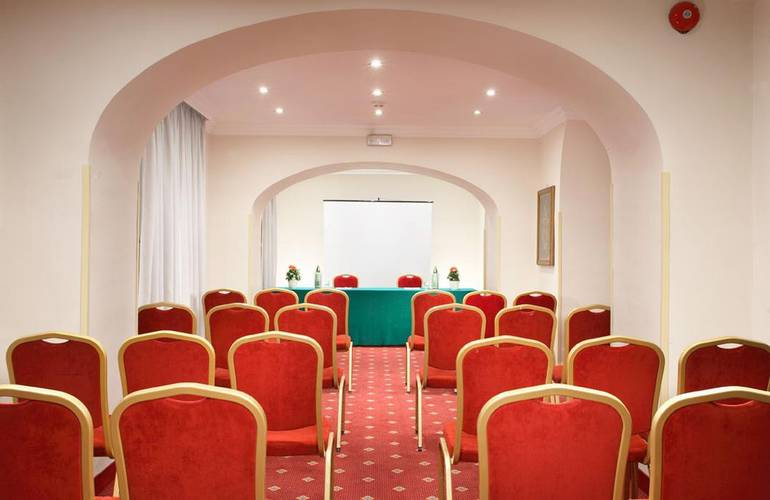 Meeting room pace helvezia hotel rome